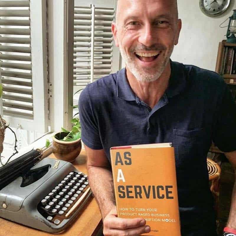 Yann Toutant - Write your book