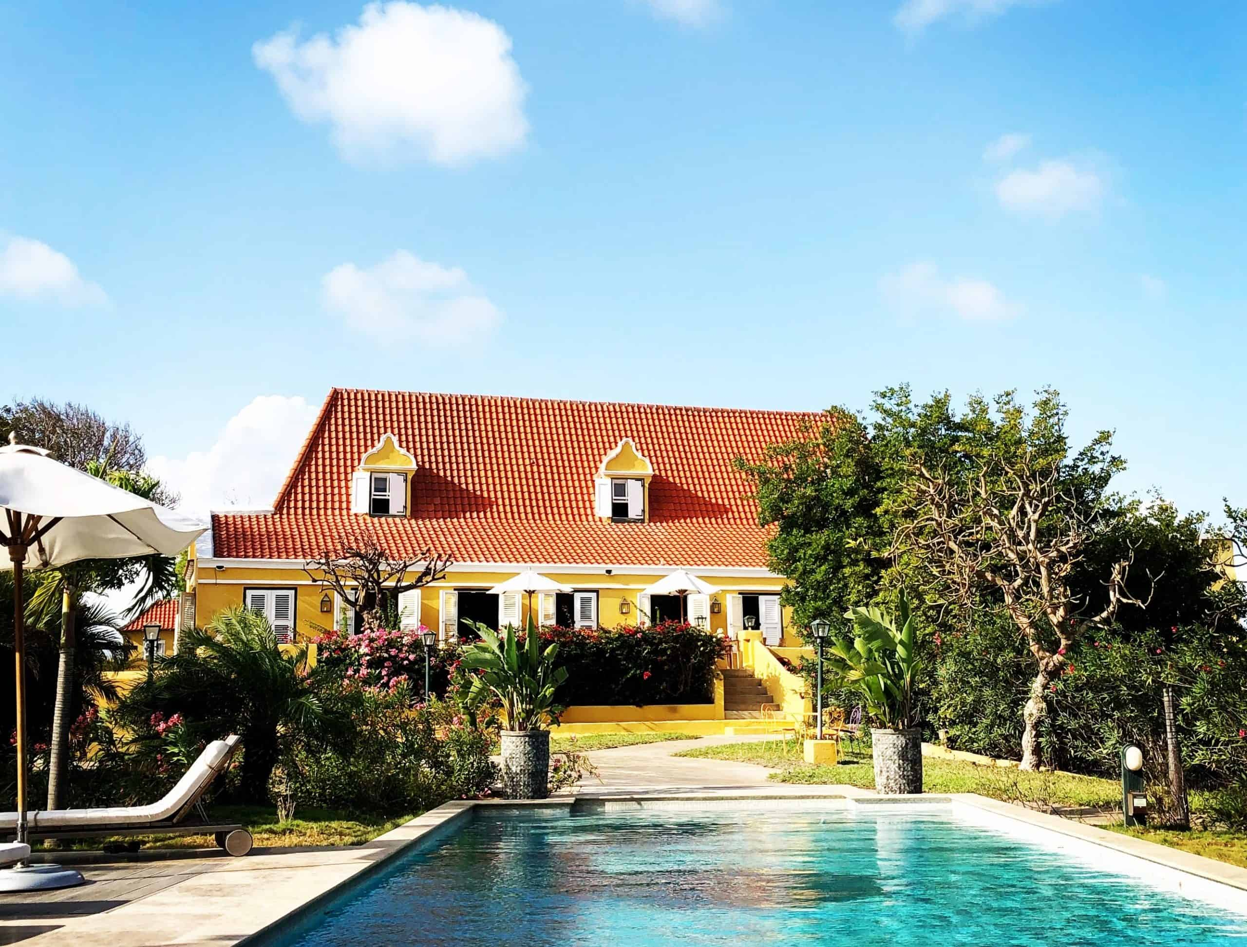 Write your book in Curacao